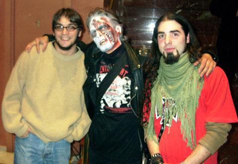 El Padre Dan convertido en zombie
